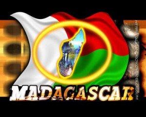 La République malgache, proclamée en 1958, accède à l'indépendance. 1030170108_small-300x240